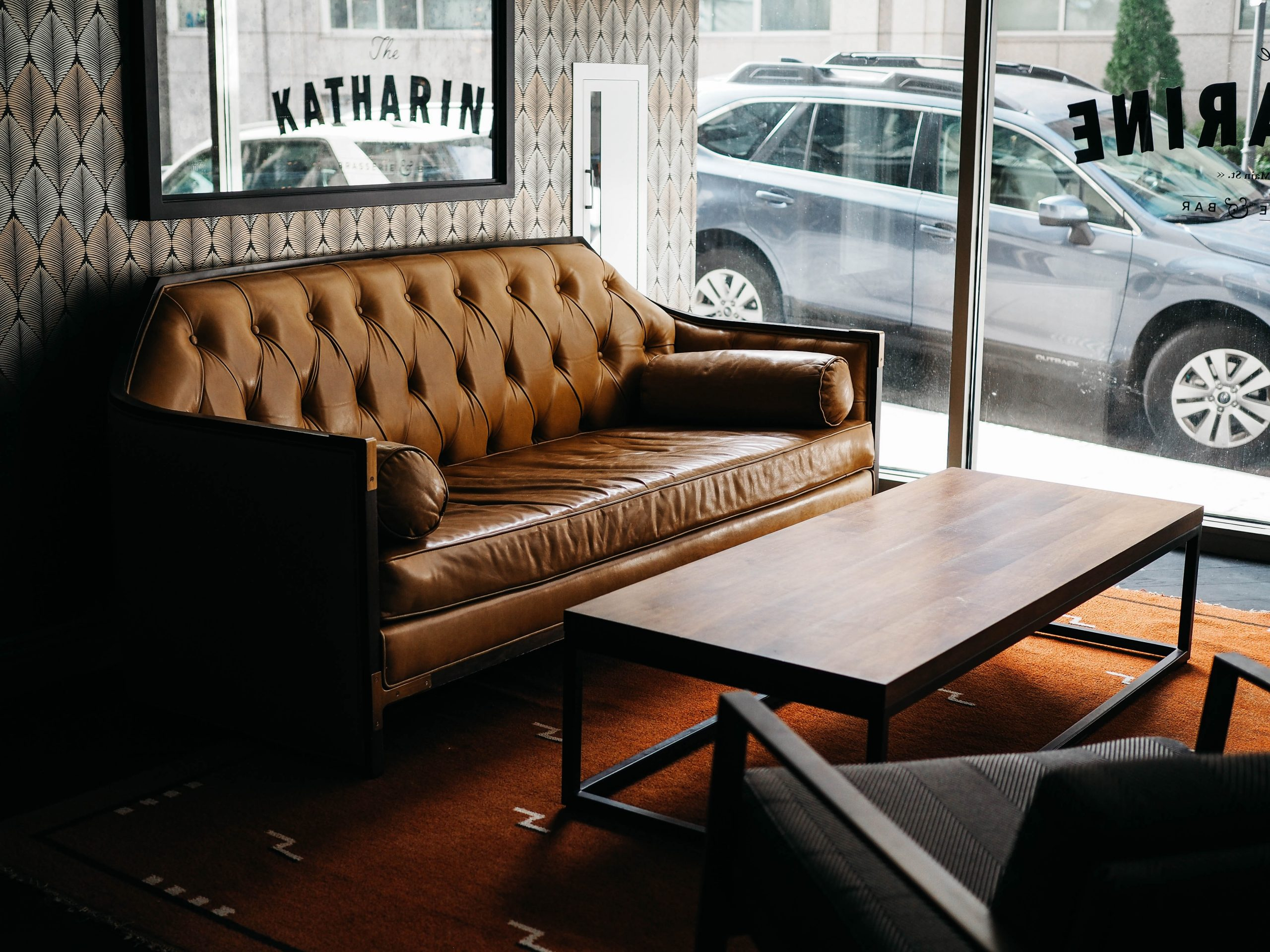 leather sofas in Sydney